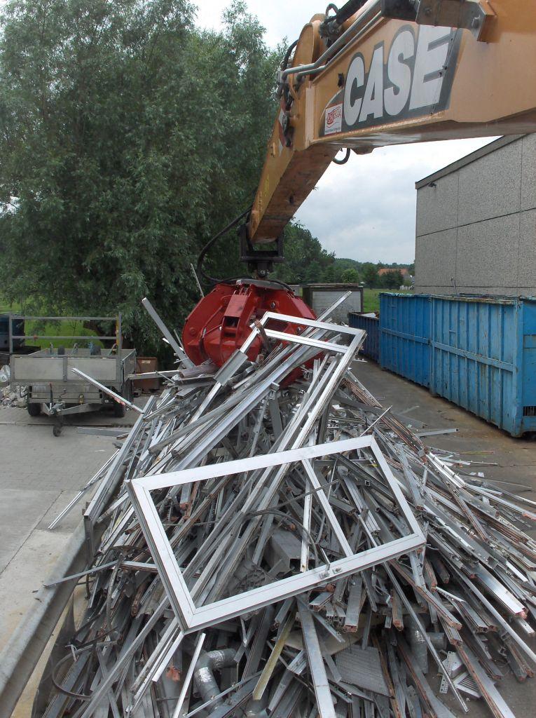 Petereyns Oude Metalen Containerdienst