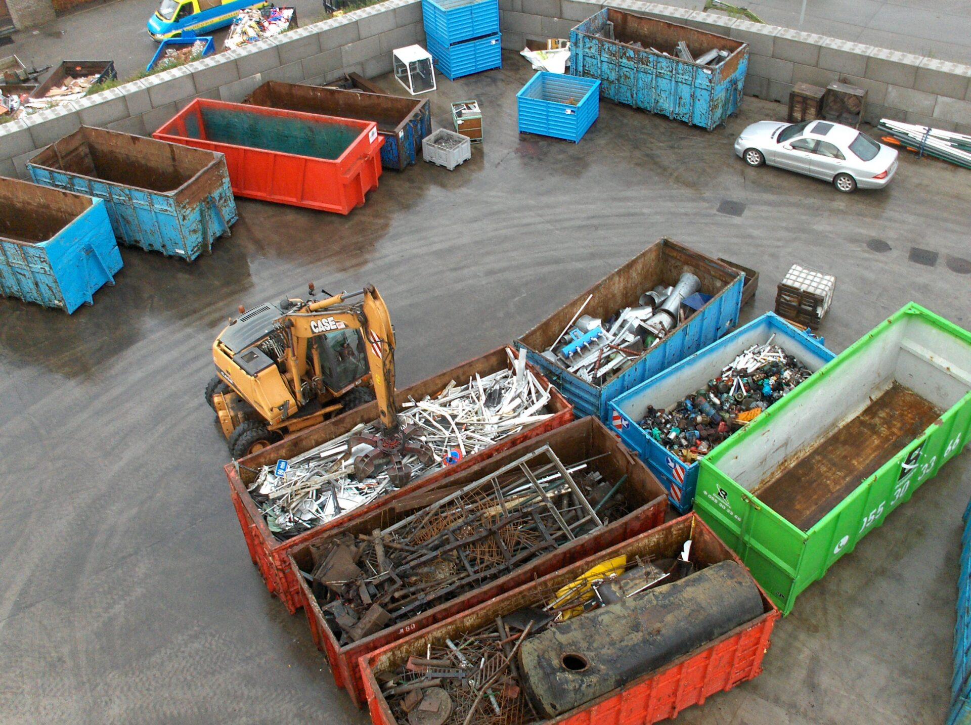 Petereyns Oude Metalen Containerdienst Oud ijzer